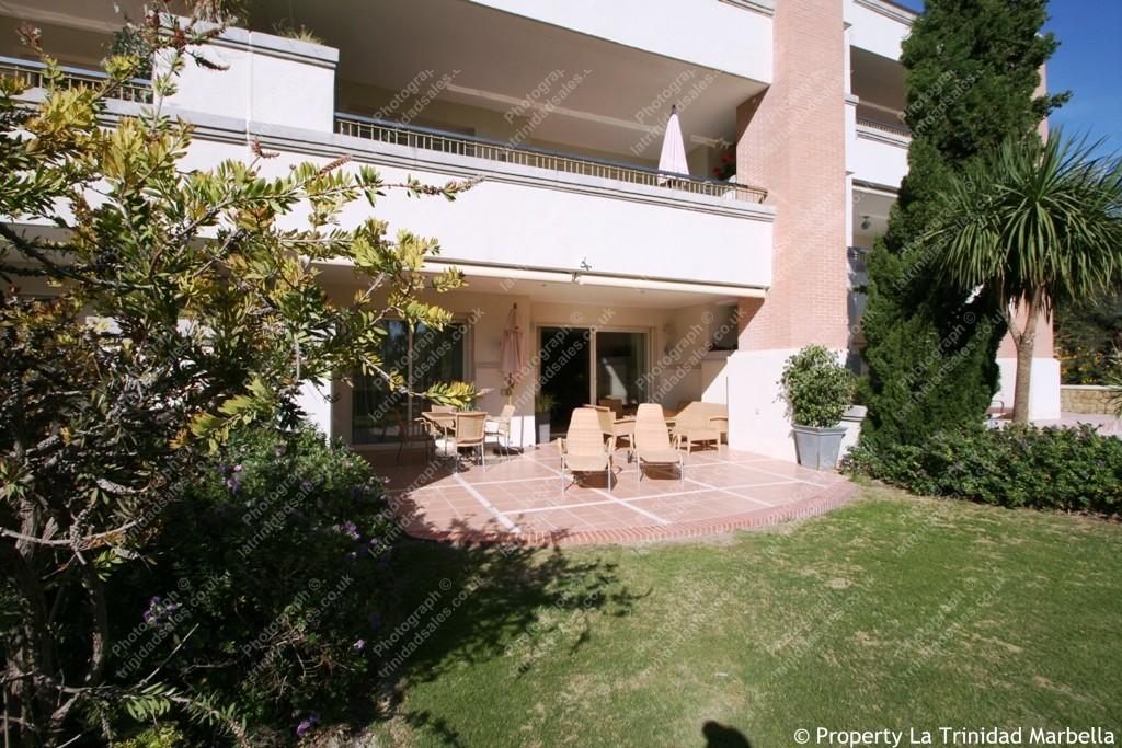 La Trinidad 2 Bed 2 Bath South West Facing Garden Apartment