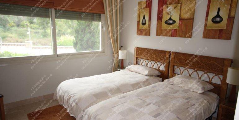 Luxury 2 Bedroom Apartment For Sale In La Trinidad Marbella