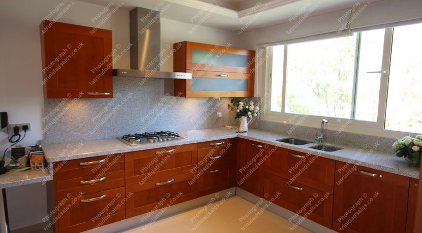 Bright Spacious Kitchen, Luxury Penthouse Apartment for Sale, La Trinidad, Marbella